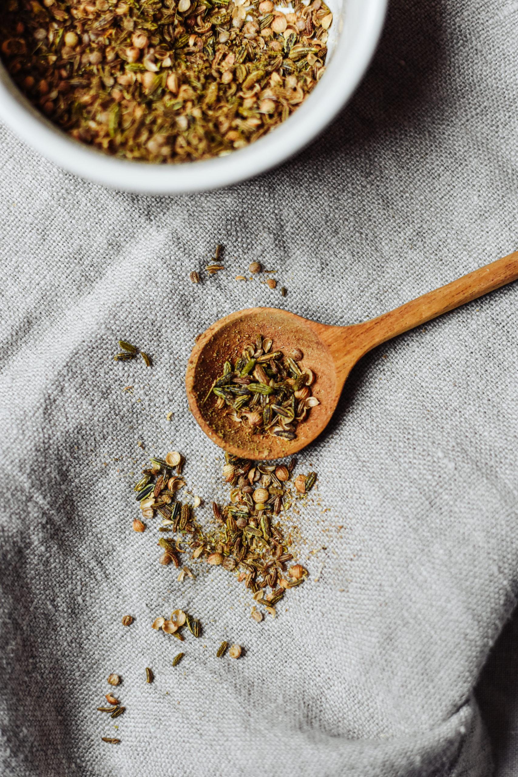 Rezept für selbstgemachtes Brotgewürz bei glutenfreiem Sauerteigbrot